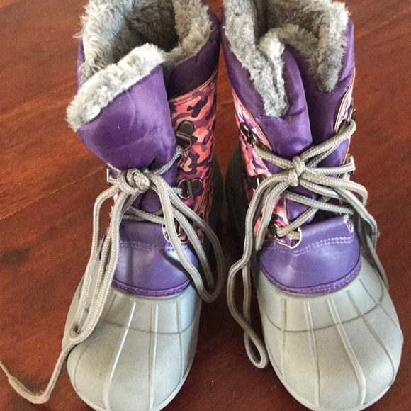 The Doll Maker Snow Boot